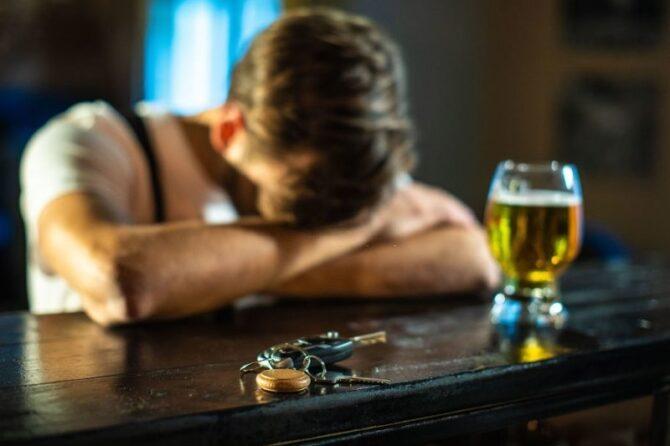 Problemas com alcoolismo